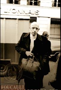 Michel Foucault FOUCAULT; 'LOS ANORMALES', UNA GENEALOGÍA DE LO MONSTRUOSO. APUNTES PARA UNA HISTORIOGRAFÍA DE LA LOCURA